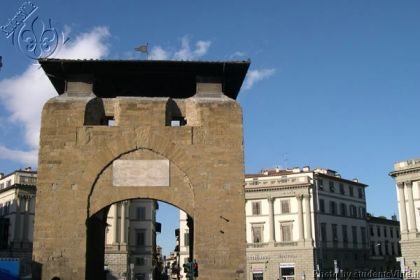 Beccaria apartment rental florence two sleeps apartment for Piazza beccaria