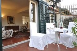 Bardi Apartment (sleeps 4+1) in Florence historical center