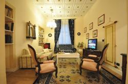 Olimpo apartment (sleep 8) in Florence city center
