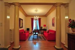 Via Verdi Apartment (sleeps 4+2) - in Florence city center