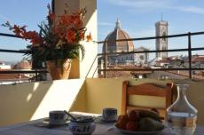 Giglio apartment florence terrace