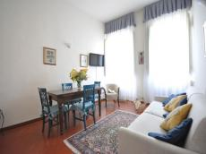 Margherita apartemnt (sleeps 2+2) in Florence city center