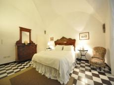 Orione Apartment (sleeps 4) in Florence city center